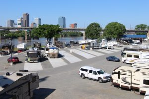 Downtown Riverside RV Park North Little Rock, Arkansas skyline